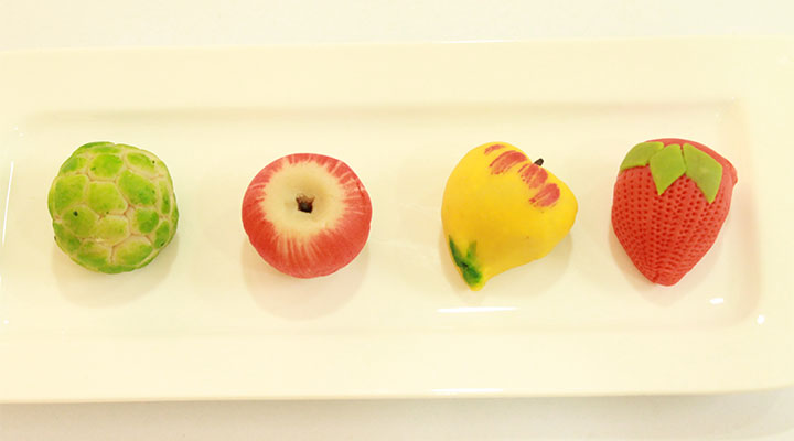Kaju Fruits, Anjeera Rolls, Bandaru Halwa Gift Box